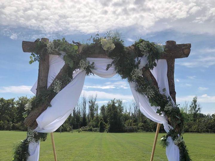 Tmx Img 1269 51 928510 1573664514 Palmyra, Wisconsin wedding florist