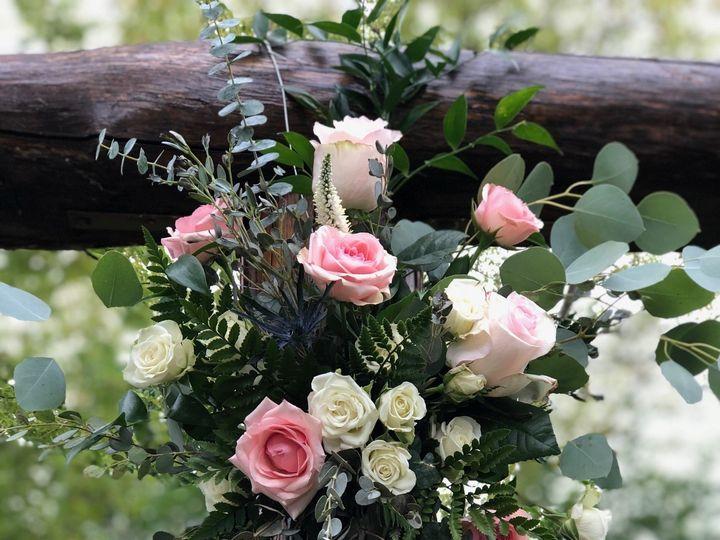 Tmx Img 1677 51 928510 160151438045366 Palmyra, WI wedding florist