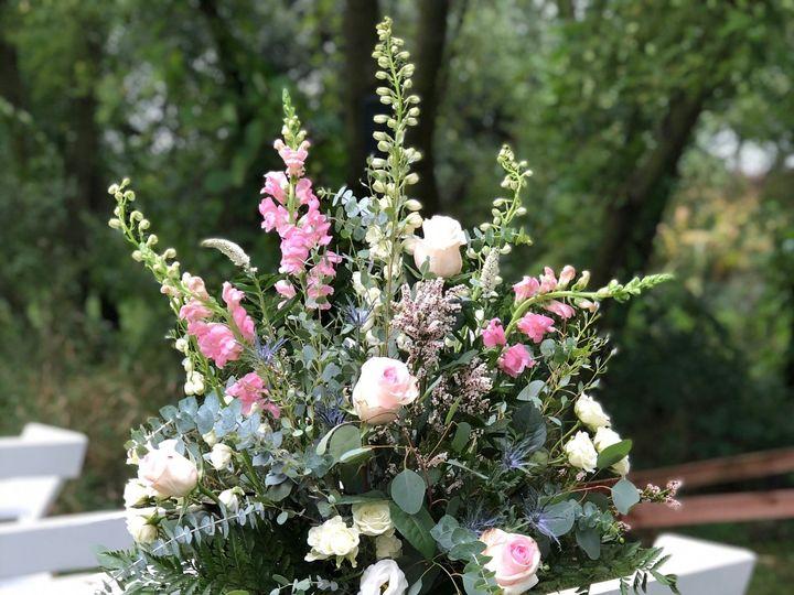 Tmx Img 1679 51 928510 160151438453266 Palmyra, WI wedding florist