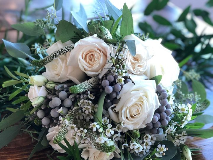 Tmx Img 1807 51 928510 160151437219597 Palmyra, WI wedding florist