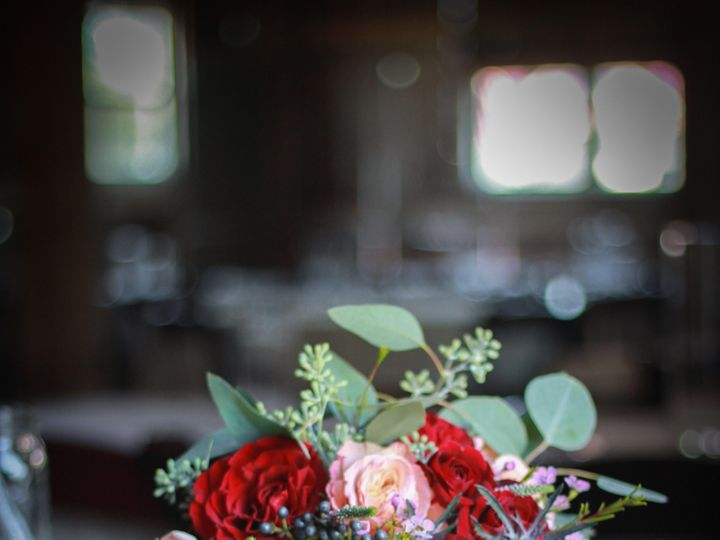 Tmx Unnamed 2 51 928510 160151435259214 Palmyra, WI wedding florist