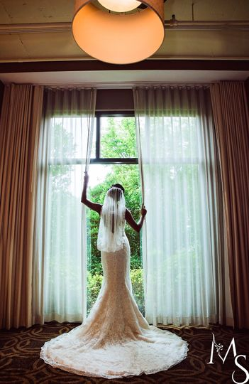 Songbirds Bridal, Formal & Con
