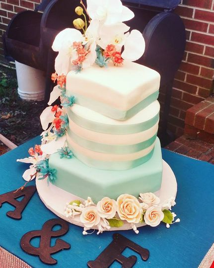 blue and coral wedding cake1