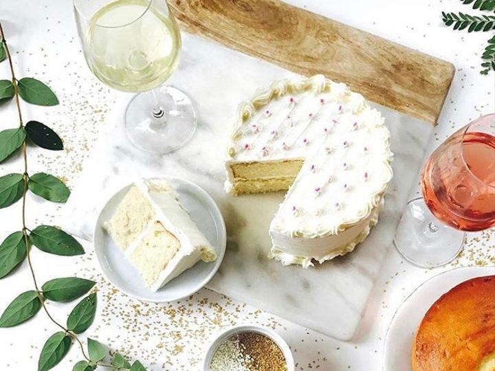 Tmx Cake And Wine 51 163610 1564604196 Kansas City, Missouri wedding cake
