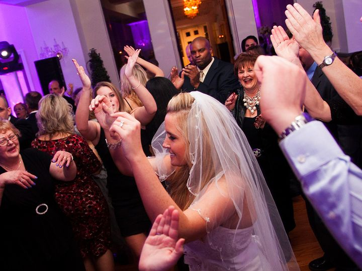 Tmx 1456954349203 157414e7461c1a571441e4b241f9ae264ee5ca Briarcliff Manor, NY wedding dj