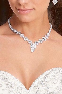 Tmx 1521670298 7bafb62a04f859c6 1521670297 9f0f8ef741e039aa 1521670297385 15 Ferida Necklace 1 Braselton, GA wedding jewelry