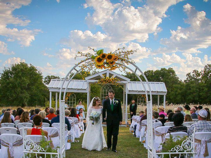 Tmx 1520352781 E04cd1ce3844bd49 1520352731 6231d02be2e70396 1520352713448 20 DW 18 140 Clyde, TX wedding venue