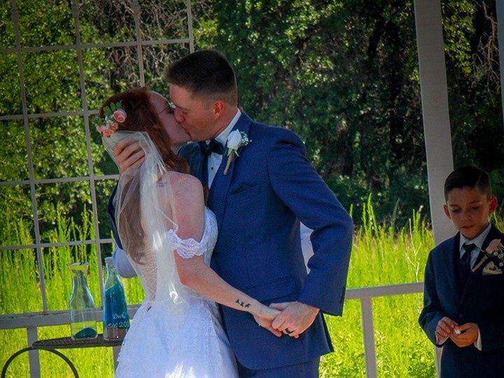 Tmx Kiss Me Again 51 118610 157929041679777 Clyde, TX wedding venue