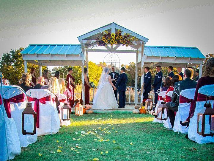 Tmx Petals On Ground 51 118610 157929041858317 Clyde, TX wedding venue