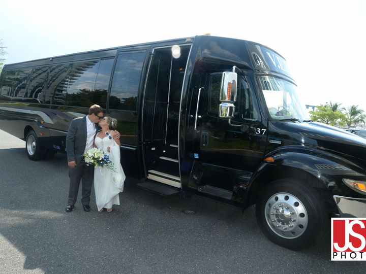 Tmx 1519842815 E69cba483d63ee59 WEdding Pic3 Newark, NJ wedding transportation