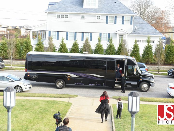 Tmx Wedding Pic  51 60710 Newark, NJ wedding transportation