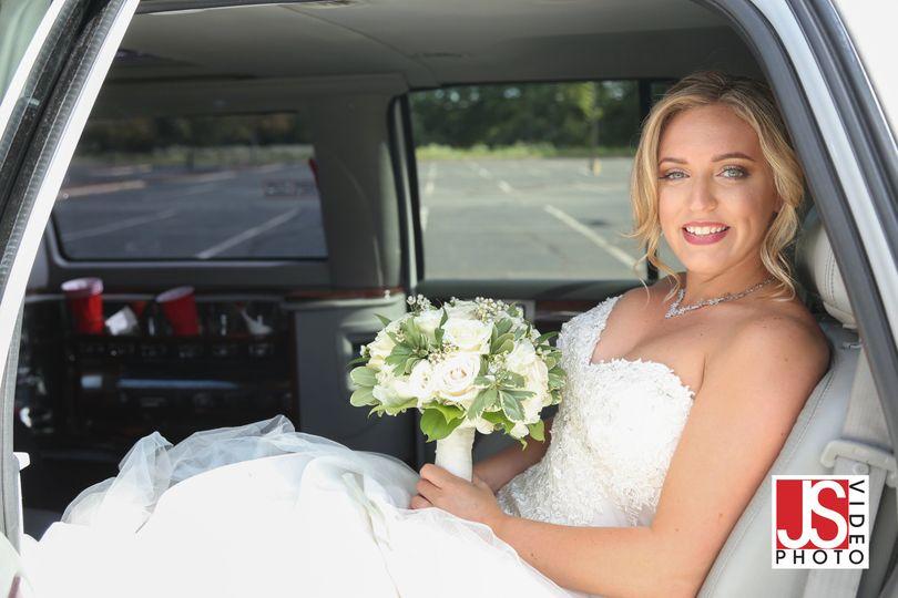 wedding pic5 51 60710