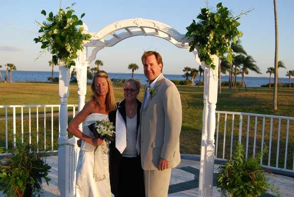 A Loving Unity Officiant