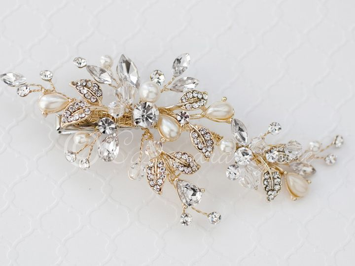 Tmx 1474996008660 Goldcrystalpearlhairclip Kansas City wedding dress