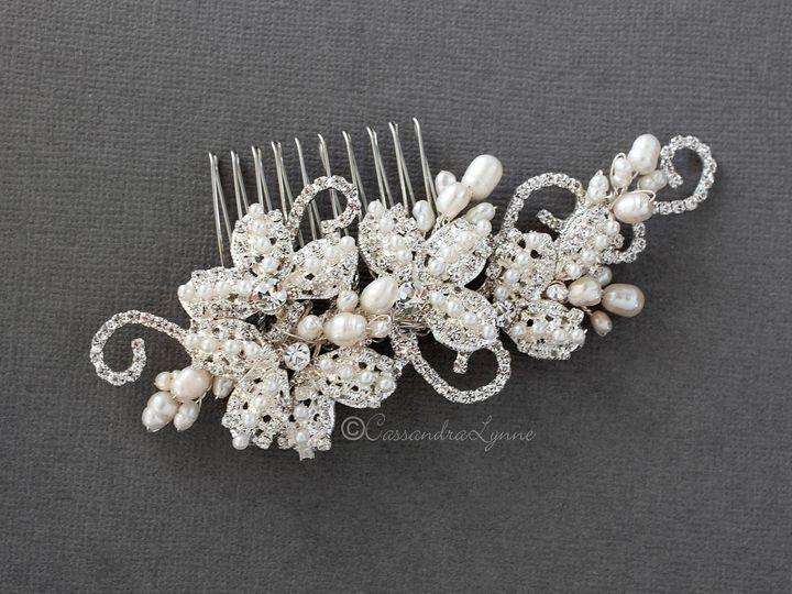 Tmx Vintage Pearl Wedding Hair Comb 51 356710 158731319068957 Kansas City wedding dress