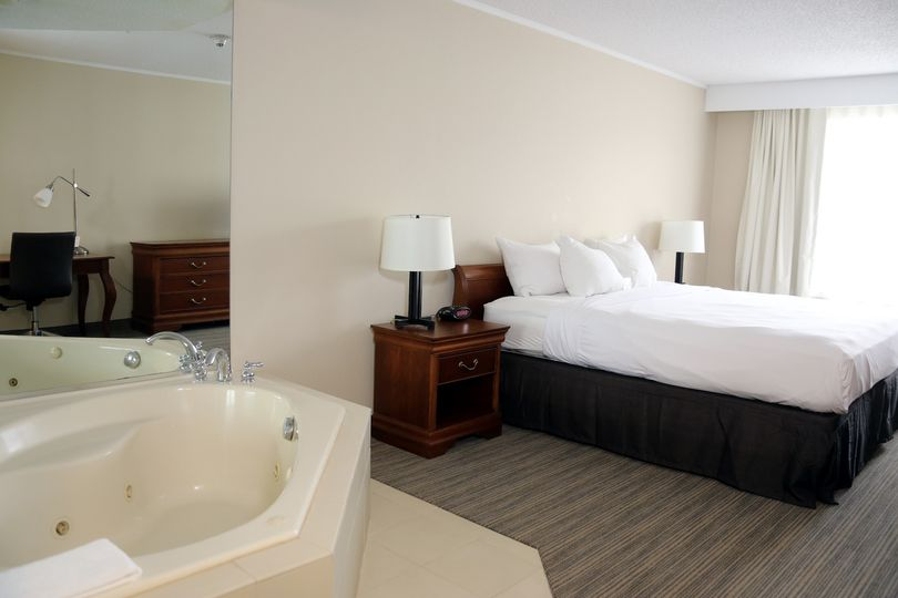 country inn and suites 062