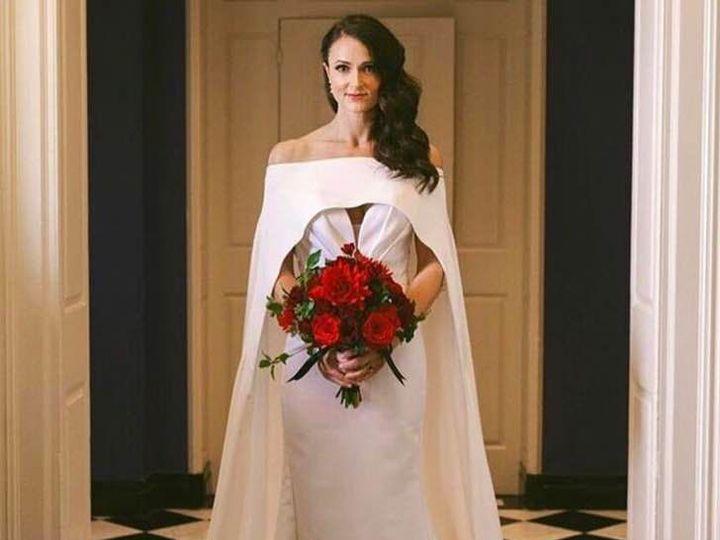 Tmx 1531955573 89b5780fa68afb37 1531955572 96b35882f7984066 1531955572534 4 34881924 295510690 Seattle, WA wedding beauty