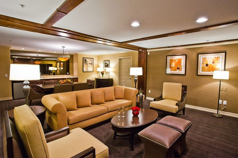 2-bedroom Suite Living area