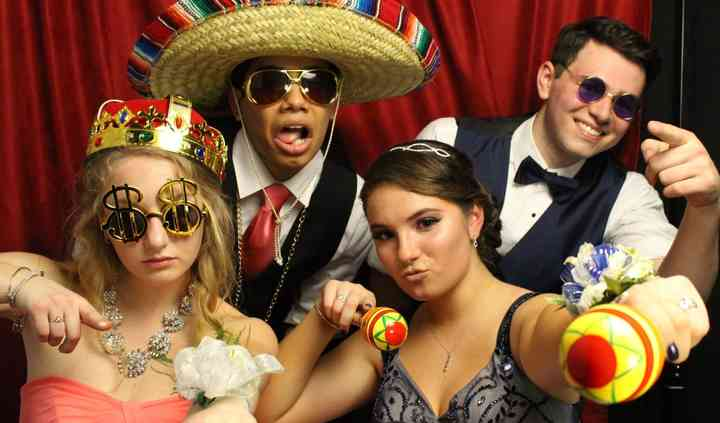 The Luxury Box Photo Booth