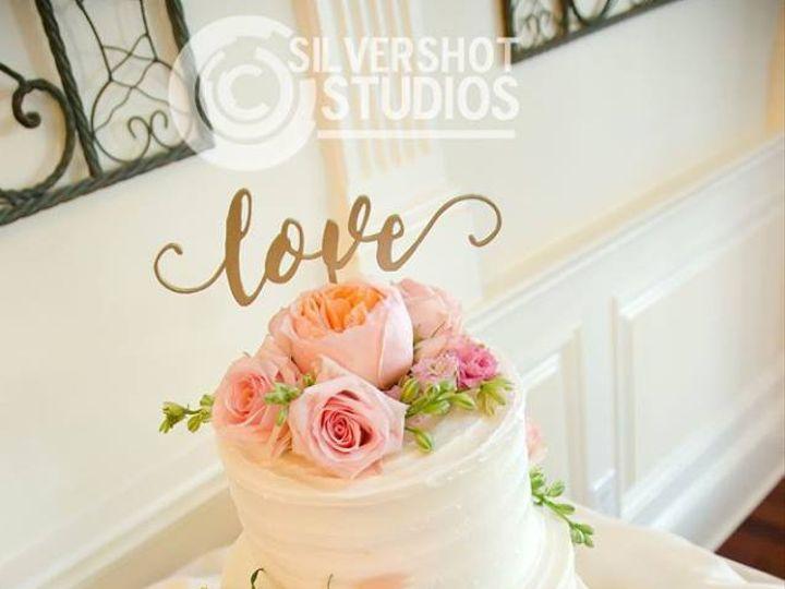 Tmx 21317484 1642444002463305 4560798401560332425 N 1 51 983810 Stroudsburg, PA wedding florist