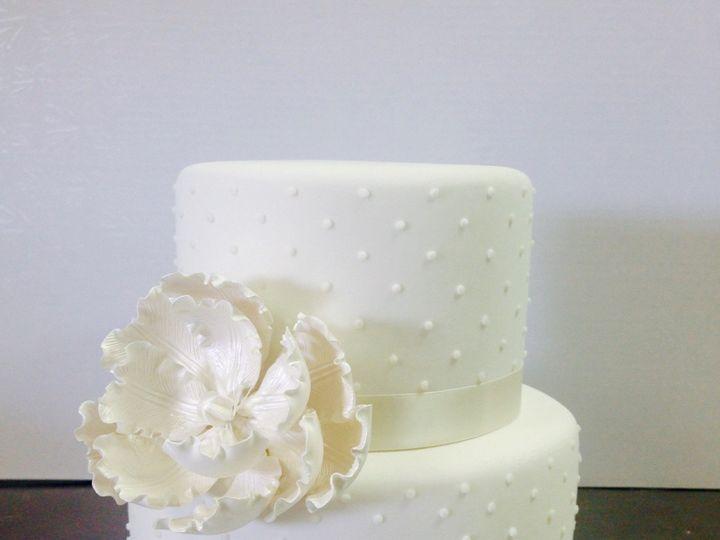 Tmx 1464792773001 File Apr 20 2 20 41 Pm Kimmswick wedding cake