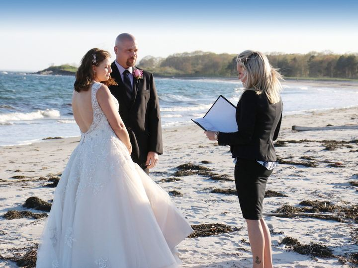 Tmx Taylor With Matthew Jennifer Inn By The Sea 5 21 18 51 94910 157609601565483 Pompano Beach, FL wedding officiant