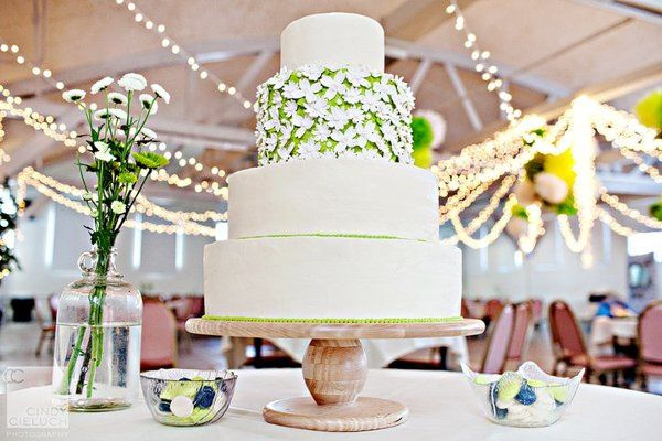 Wedding cake with a touch of green