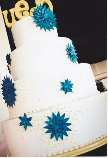 Wedding cake with blue bits