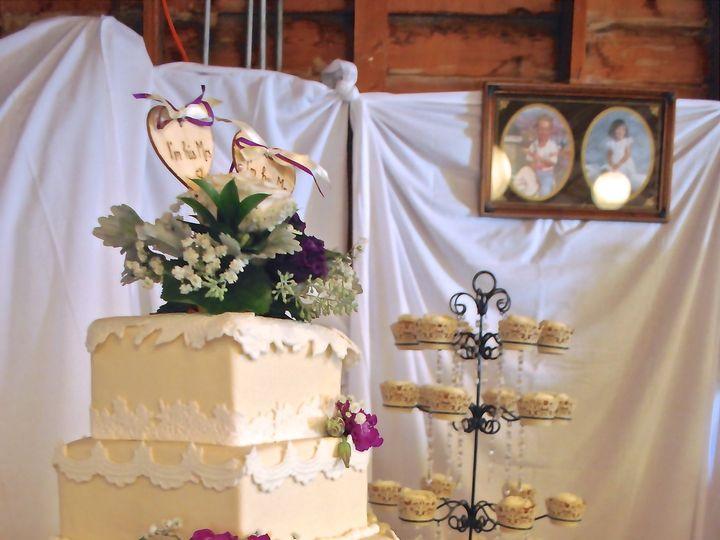 Tmx 1388957013975 Dsc593 Great Falls, Montana wedding cake