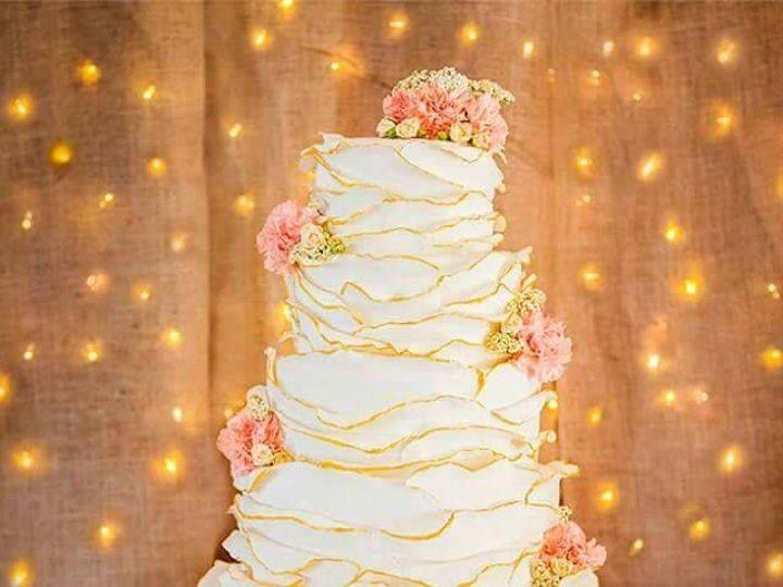 Tmx 1478018776 B89851d44f7d4e3f 64284 1004611132904637 5835303412481001317 N Great Falls, Montana wedding cake