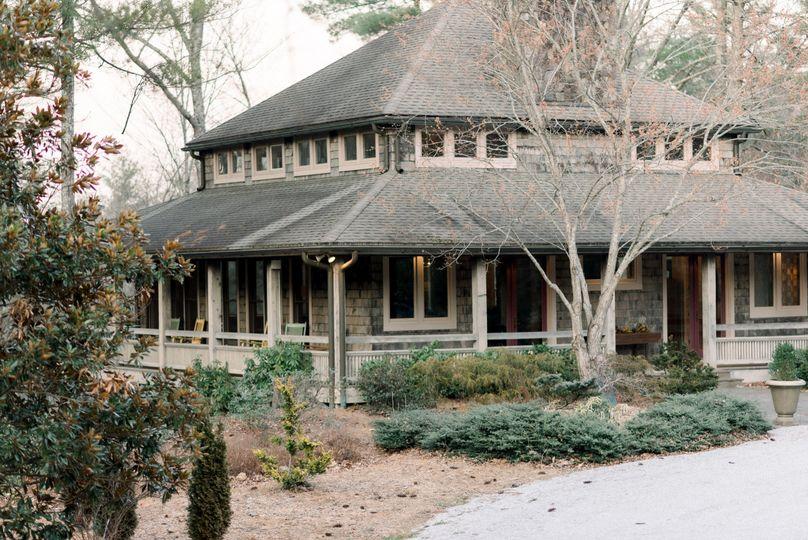 Sunrise Lodge