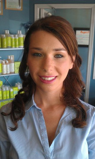 Makeup by Jennifer Robinson- MLO Salon