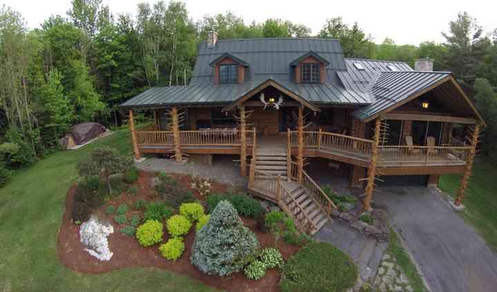 Moose Meadow Lodge & Treehouse