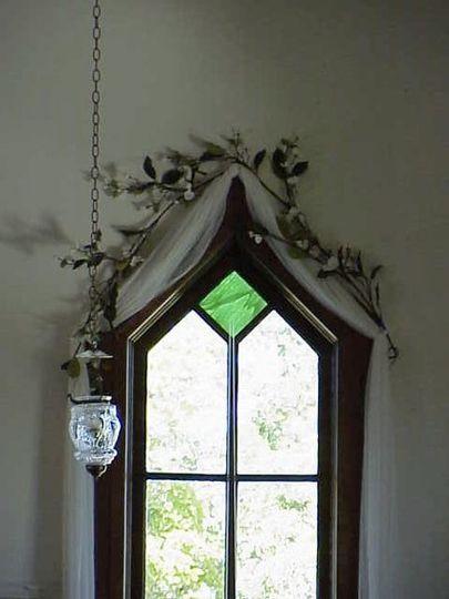 hangingglasslampandwindow61600