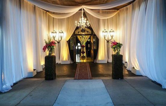 Grand Entrance Decor