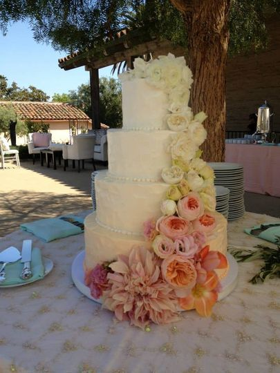 Rincon santa barbara wedding cakes
