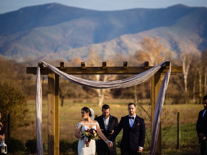 Tmx 7q7a5739 51 690020 157643669275208 Luray, VA wedding venue