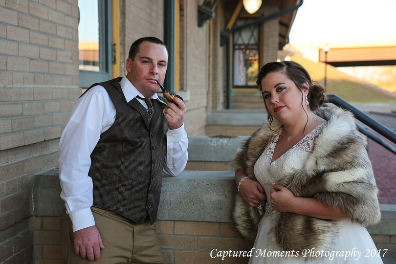 This bride and groom had an appreciation of history.
