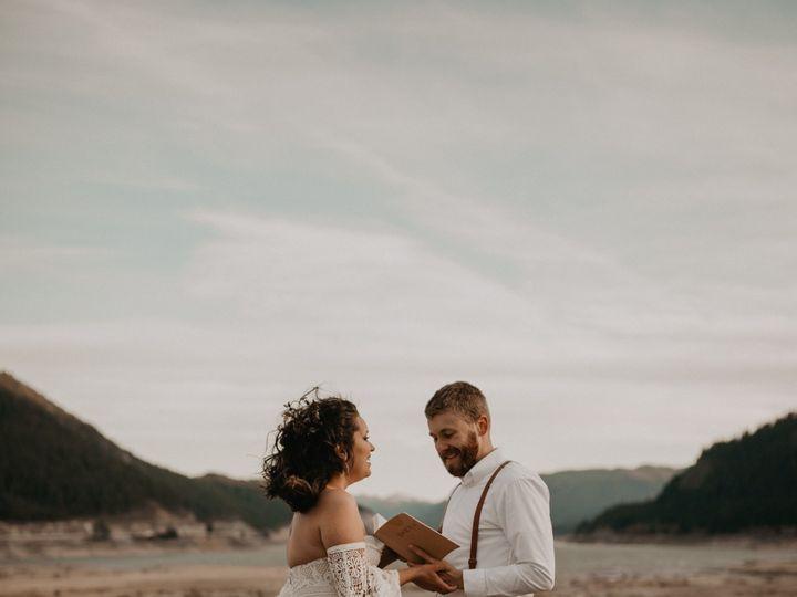 Tmx Seattle Fall Elopement 0168 51 1002020 1573286024 Spokane, WA wedding photography