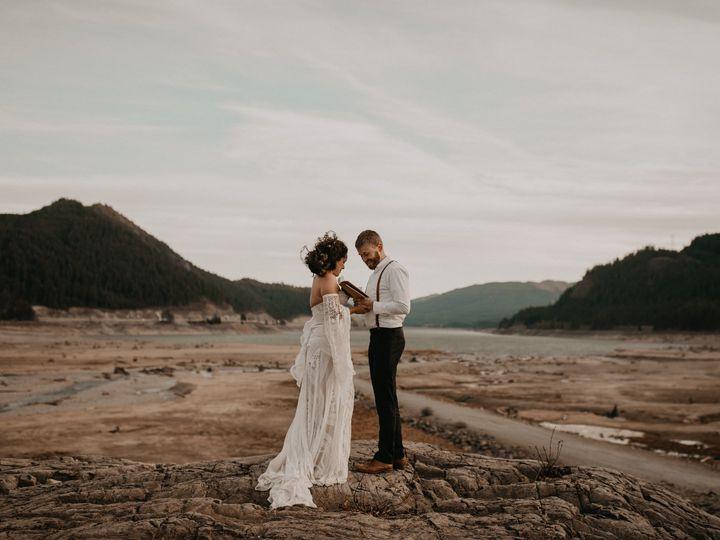 Tmx Seattle Fall Elopement 0176 51 1002020 1573286024 Spokane, WA wedding photography