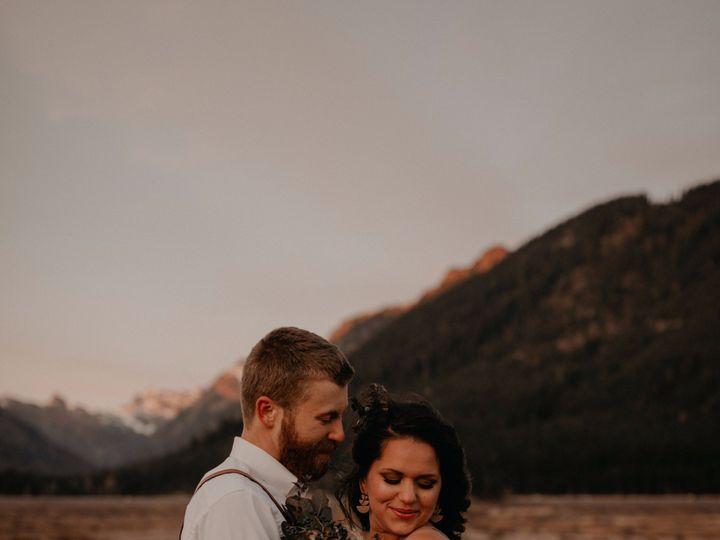Tmx Seattle Fall Elopement 0301 51 1002020 1573286046 Spokane, WA wedding photography