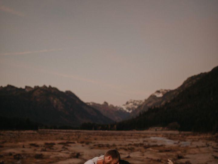 Tmx Seattle Fall Elopement 0387 51 1002020 1573286067 Spokane, WA wedding photography
