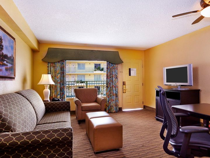 Tmx Suite Living Room 5 30 14 51 165020 1559158612 Fort Lauderdale, FL wedding venue
