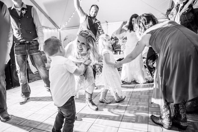 Wedding Party busting a move!