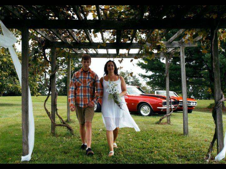 Tmx 1518114303 684134361cfa9875 1518114302 573f09a5dc03f131 1518114301877 2 Jen And Noah Pic Paxinos, PA wedding videography