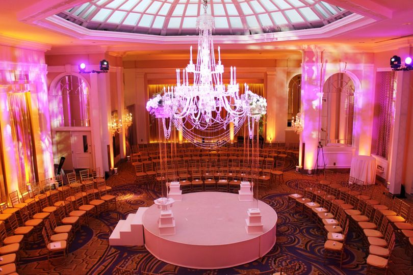 Palm Court Ballroom Ceremony Capacity:  50 - 200 Guests