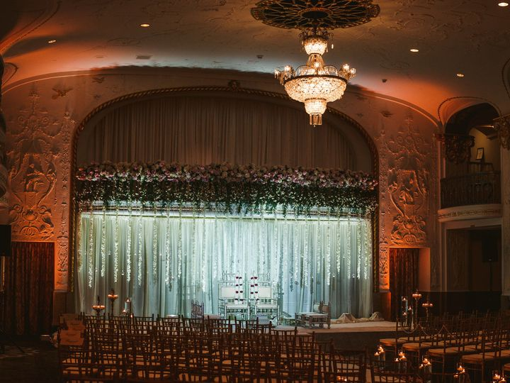 Tmx 1531706276 0418950d3efb446c 1531706273 8b7b5e5ba6b67166 1531706270179 6 11 25 17 Mishale N Washington, DC wedding venue
