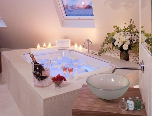 romantic bathrooms28