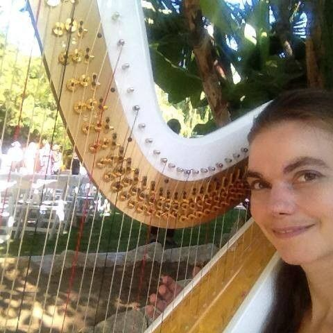 Photo with the harp