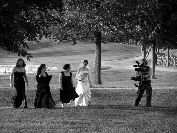 Tmx 1524172799 31a6221239d7410f 1524172796 B3fdad3239ae345c 1524172765755 7 SteadicamAction1   Bethel wedding videography